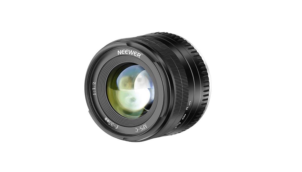 Neewer wprowadza obiektyw 35 mm f/1,2 dla matryc formatu APS-C w mocowaniu Fuji X oraz Sony E