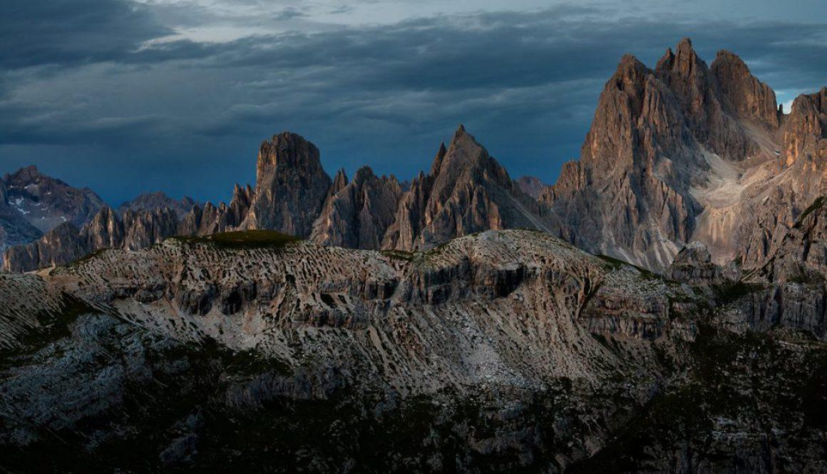 kasperczyk michał interfoto góry dolomity o zachodzie słońca na tle błękitnego nieba