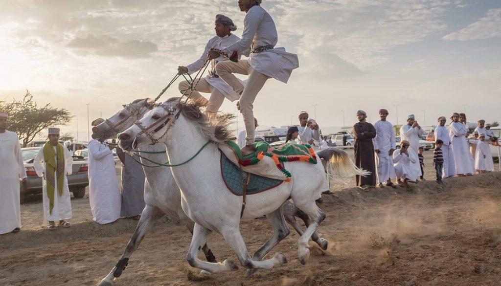 olympus, misza-szura, interfoto, oman, wyścigi wielbłądów