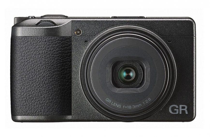 Aktualizacja oprogramowania dla aparatu Ricoh GR III poprawia autofokus przy niskim poziomie światła
