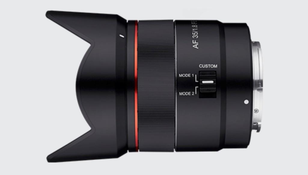 Obiektyw zautofokusem Samyang 35 mm F/1,8 wmocowaniu Sony E