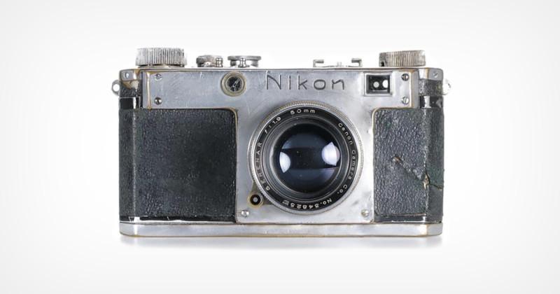 Rekordowa cena naaukcji zaprototypowy egzemplarz dalmierzowego aparatu Nikon L