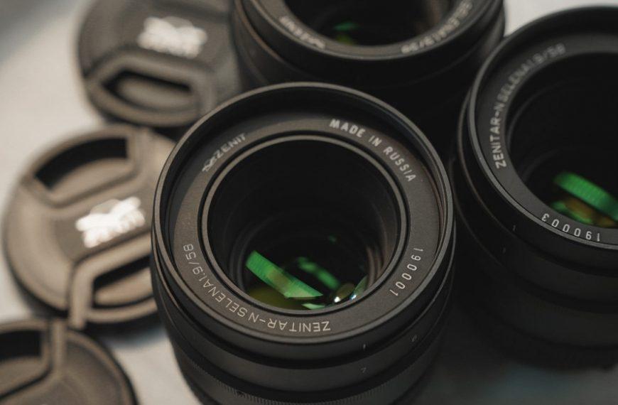 4 pełnoklatkowe manualne stałki firmy Zenit wmocowaniach Canon, Nikon orazSony