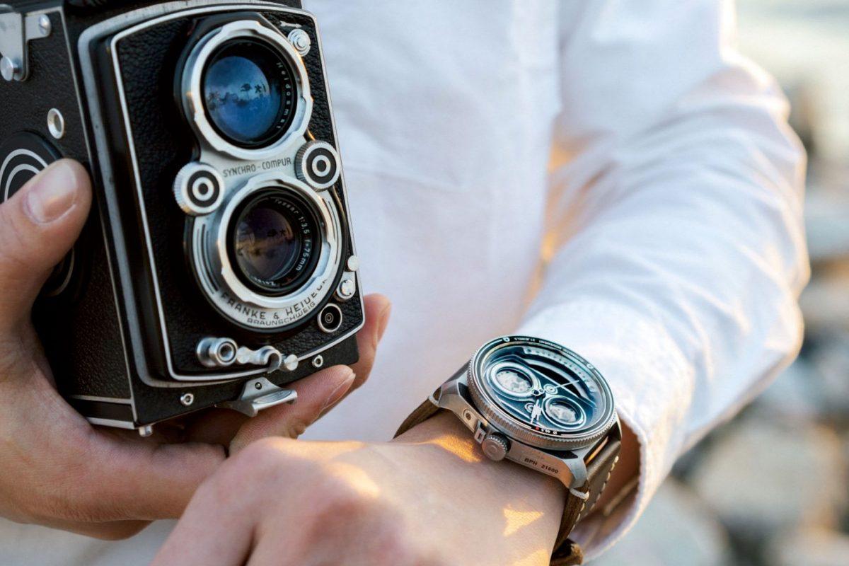 TACS ATL – zegarek ostylistyce zainspirowanej lustrzankami dwuobiektywowymi